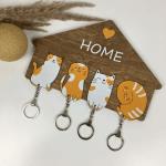 Оригінальна дерев'яна ключниця з милими котиками - image-0