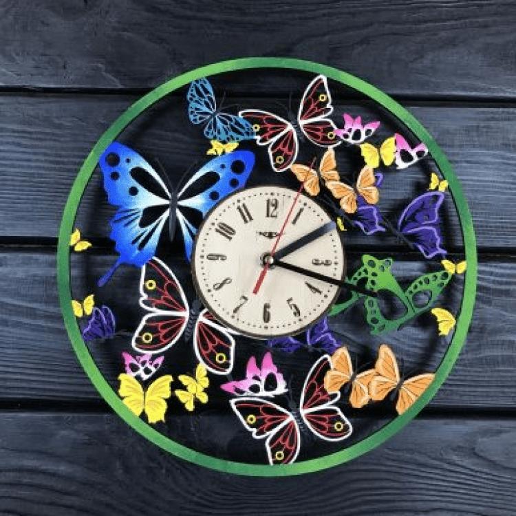 """Кольоровий настінний годинник з дерева """"Вальс метеликів"""" - image-0"""