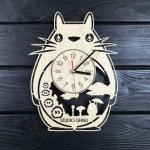 """Настінний годинник з дерева """"Студія Гіблі"""" - image-0"""