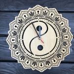 """Дерев'яний настінний годинник  """"Інь та Ян"""" - image-0"""