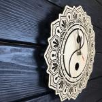 """Дерев'яний настінний годинник  """"Інь та Ян"""" - image-1"""