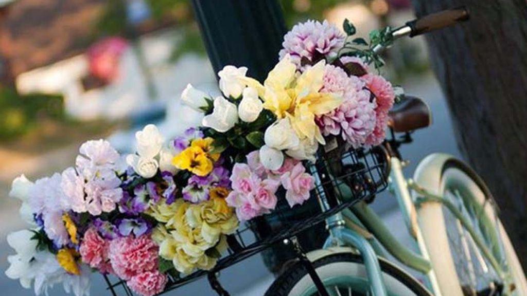 доставка квітів в Україну